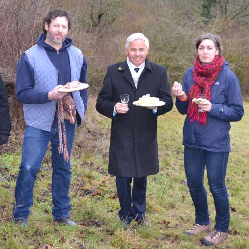 Landschaftspflege in der Stadt Regensburg – Neue Wege im Naturschutz mit Genuss – Käse aus Winzer hilft die Artenvielfalt erhalten